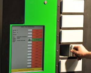duży ekran w automacie